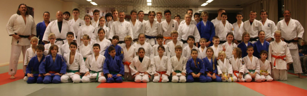 The try-out session at Judo Izegem was a success. Many thanks to the participating clubs for their collaboration.